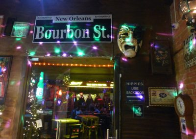 Cali Colombia: A New Orleans themed bar. Very cool!