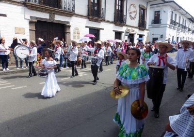 Fiesta de Reyes: marching band